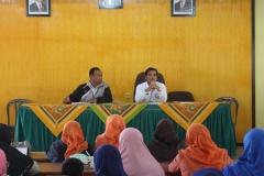 rapat guru madrasah