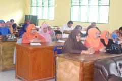 rapat guru madrasah6